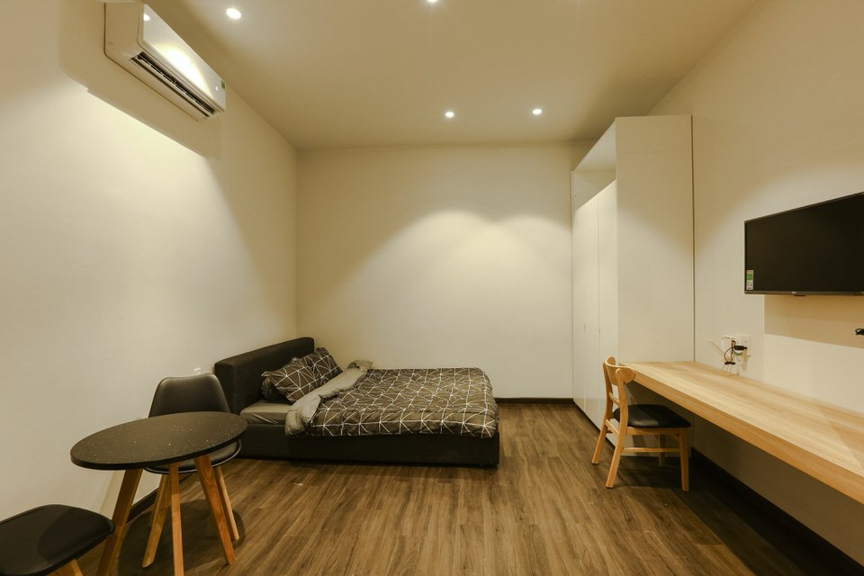 Simple studio apartment, 30m2, near Han river bridge – A573