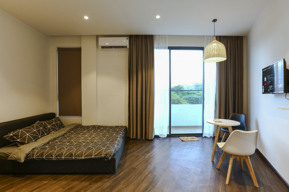 Studio apartment with balcony, near Han river bridge – A574