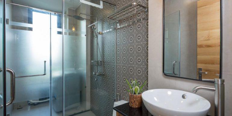 nice-apartment-for-rent-da-nang-A572-30