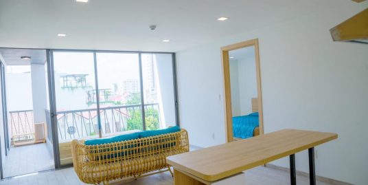 Modern 2BR apartment with swimming pool near Pham Van Dong beach – A589