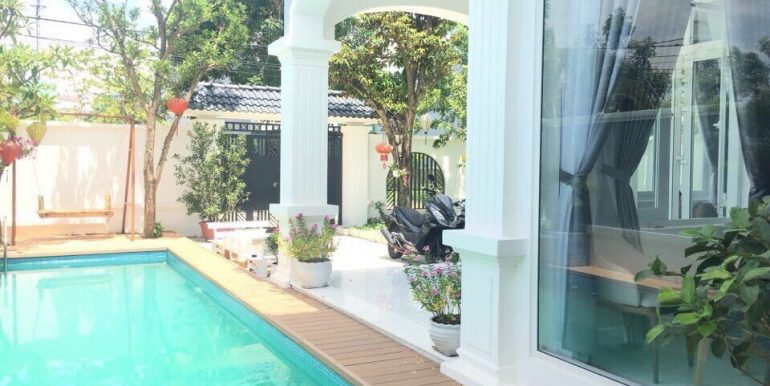 villa-for-rent-da-nang-B425-1