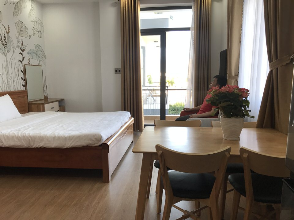 Nice studio apartment, airy balcony, swimming pool near Nguyen Cong Tru Street –  A599