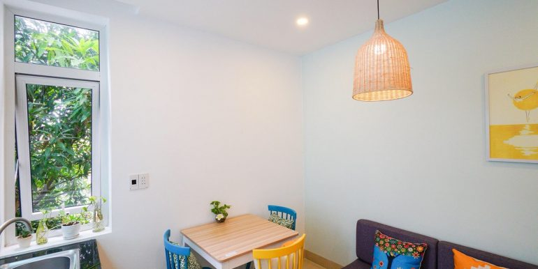 lovely-apartment-for-rent-son-tra-da-nang-A802-2