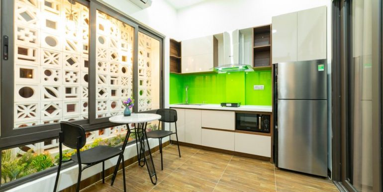 modern-apartment-for-rent-my-khe-A808-6