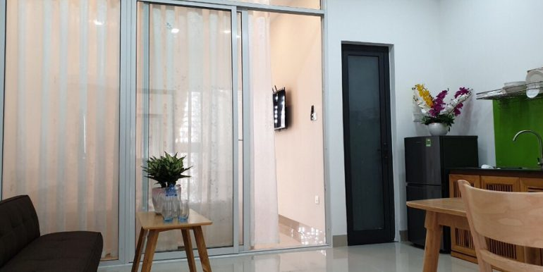 apartment-for-rent-in-da-nang-A362-1