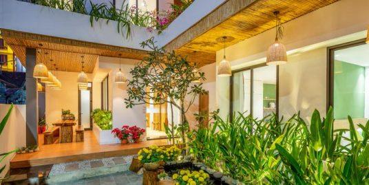 Garden Villa with 8 apartments near My Khe beach – B517