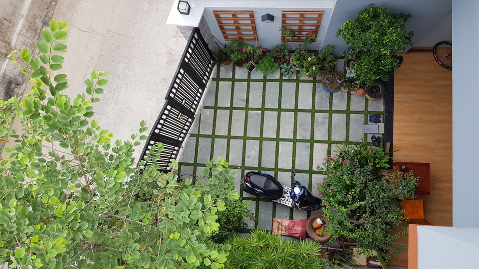 3-storey house, 7 bedrooms, small garden, My An – B483