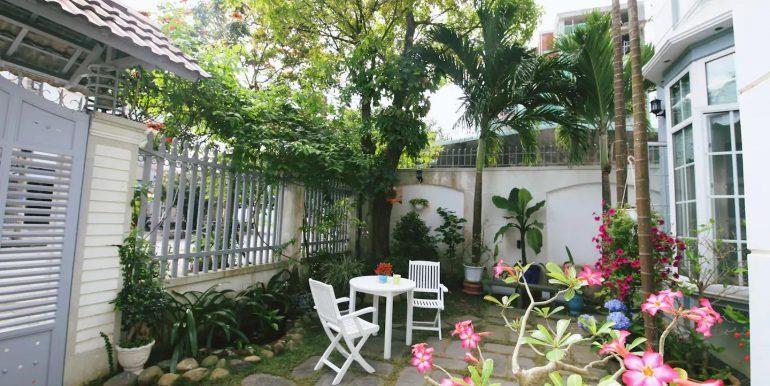 villa-for-rent-ngu-hanh-son-da-nang-B472-10