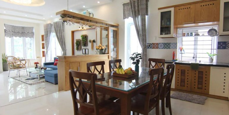 villa-for-rent-ngu-hanh-son-da-nang-B472-3