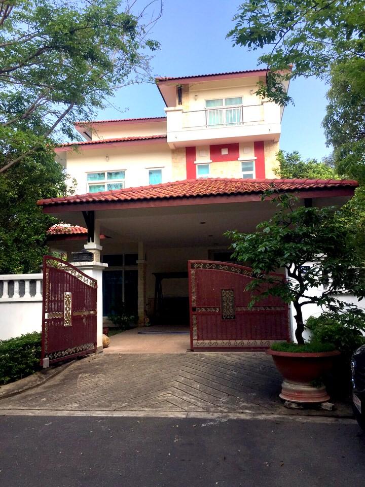 4 bedrooms villa in Phuc Loc Vien area – B525