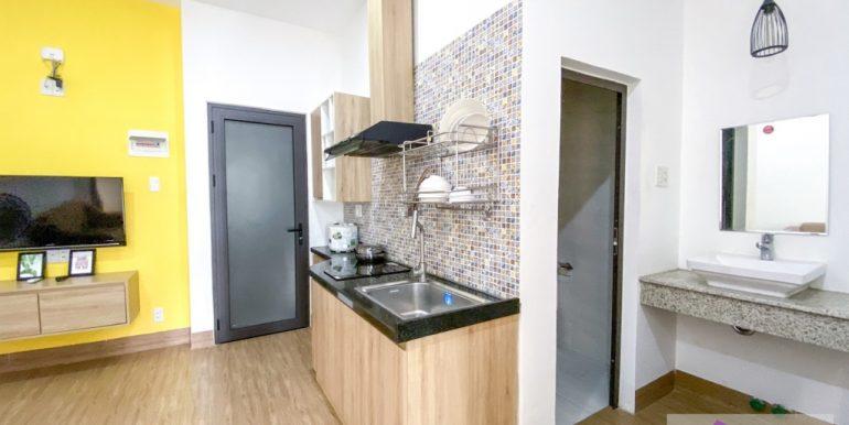 apartment-for-rent-my-an-da-nang-A733-2 (2)
