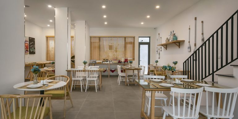 sea-view-apartment-for-rent-da-nang-A868-9