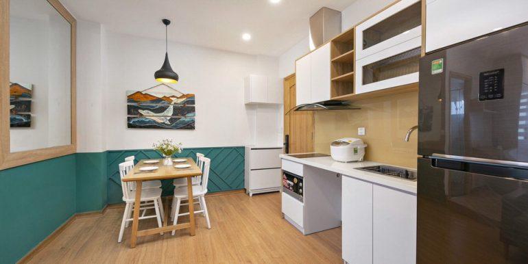 sea-view-apartment-for-rent-da-nang-A871-4