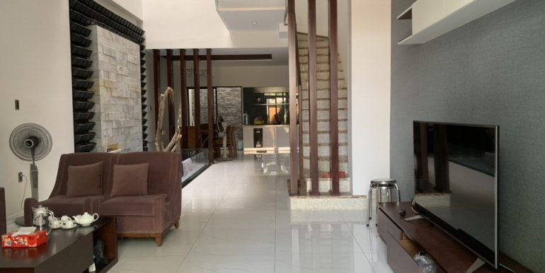 house-for-rent-nam-viet-a-B707-2