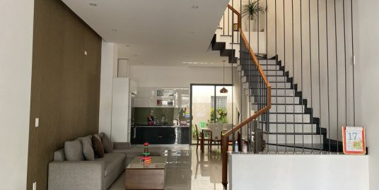 Nice house with 3 floors, 3 bedrooms, Man Thai ward – B537