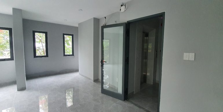 office-house-for-rent-da-nang-B326-3