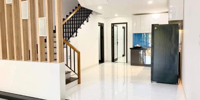 house-for-rent-ngu-hanh-son-da-nang-B717 (2)