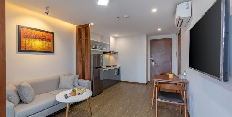 apartment-for-rent-pool-hai-chau-A381 (2)