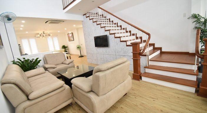 house-for-rent-pool-da-nang-son-tra-B543 (2)