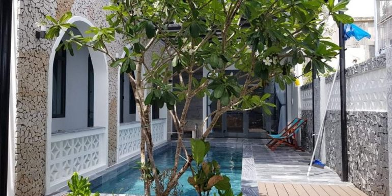 house-for-rent-pool-non-nuoc-beach-B726 (1)
