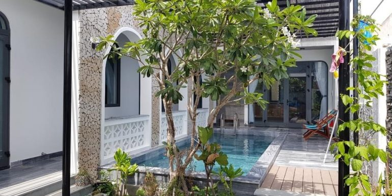 house-for-rent-pool-non-nuoc-beach-B726 (2)