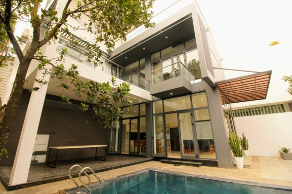 Pool Villa with 4 bedroom in Nam Viet A area – B734