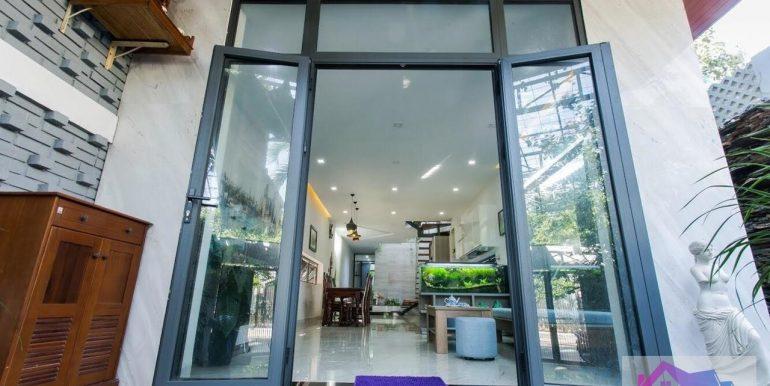 villa-for-rent-da-nang-my-khe-B539-2 (10)