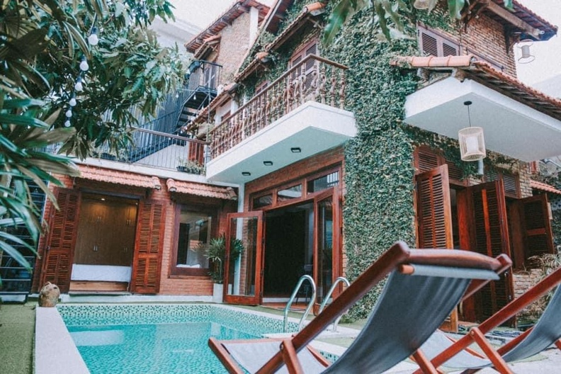 3BR pool and garden villa in Khue My – B738