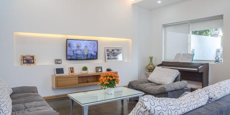 villa-for-rent-da-nang-my-an-B744 (3)