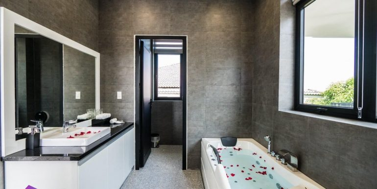 house-for-rent-da-nang-B747- (8)