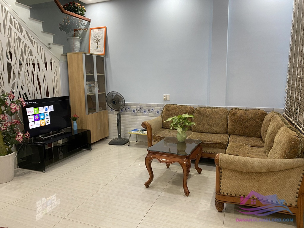 4-storey house with 4 bedrooms in An Nhon area – B552
