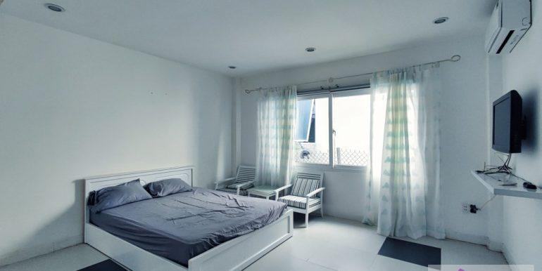 house-for-rent-my-khe-da-nang-B752-2-2-2 (12)