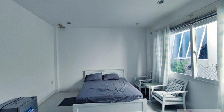 house-for-rent-my-khe-da-nang-B752-2-2-2 (13)