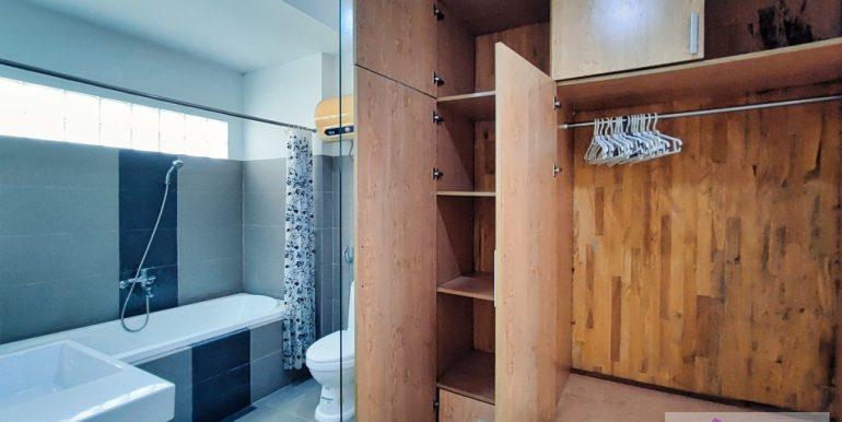 house-for-rent-my-khe-da-nang-B752-2-2-2 (14)