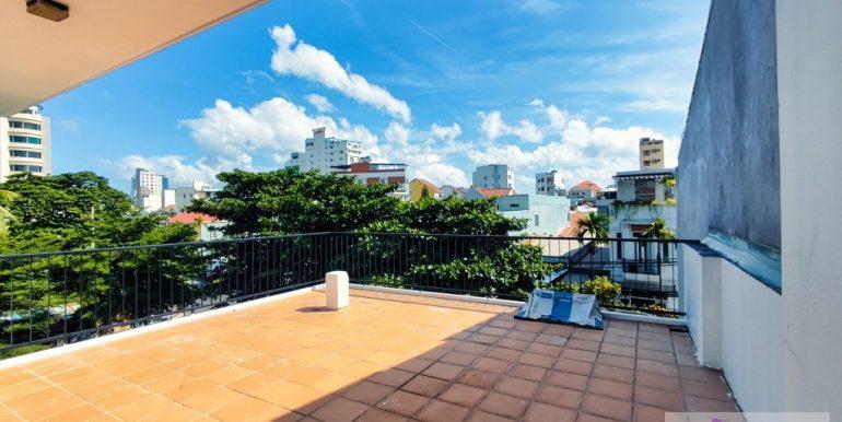house-for-rent-my-khe-da-nang-B752-2-2-2 (15)