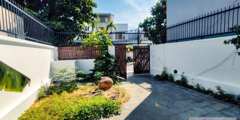 house-for-rent-my-khe-da-nang-B752-2-2-2 (2)