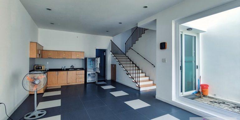 house-for-rent-my-khe-da-nang-B752-2-2-2 (4)