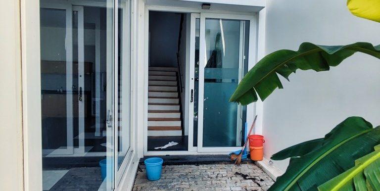house-for-rent-my-khe-da-nang-B752-2-2-2 (5)