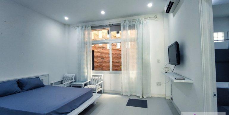 house-for-rent-my-khe-da-nang-B752-2-2-2 (6)