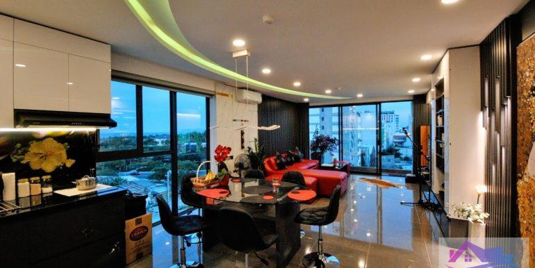 penthouse-apartment-for-rent-da-nang-C053-2 (2)