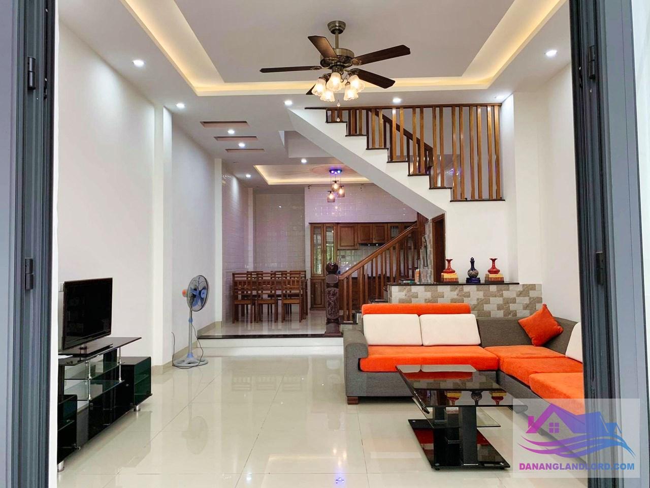 Nhà 3 tầng 5 phòng ngủ khu Nam Việt Á – B453
