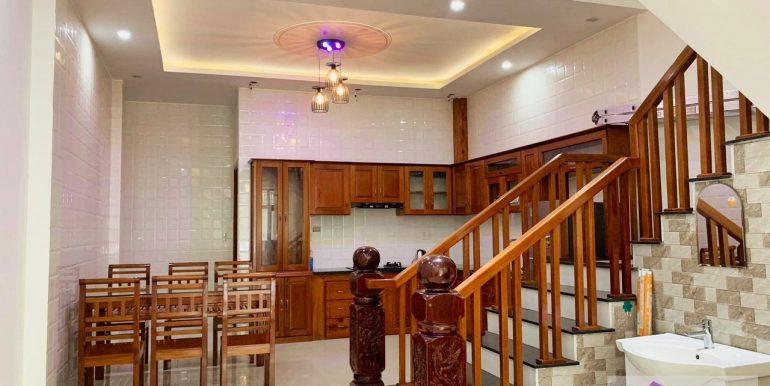 house-for-rent-nam-viet-a-da-nang-B453-2 (3)