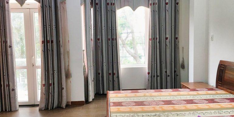 house-for-rent-nam-viet-a-da-nang-B453-2 (8)