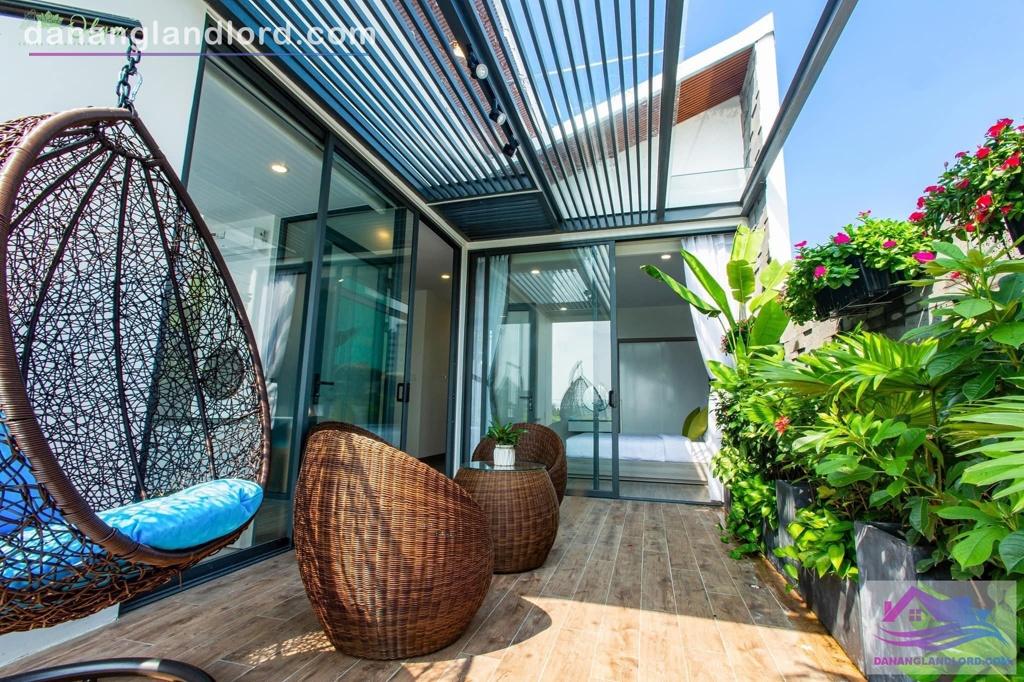 Penthouse 2BR apartment, large balcony, Hai Chau district – A387